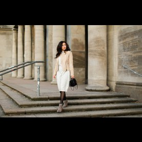 Bemerkenswert Beiges Strickkleid Kombinieren 1 Teil - 5 Styles // Beige Leather Jacket - Fashionblog Berlin