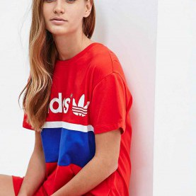 "Bezaubernd Rotes T Shirt Kleid Adidas – T-Shirt-Kleid ""City"" In Rot 