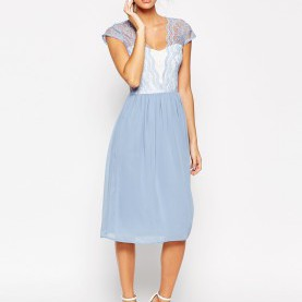 Interessant Asos Midikleid Mit Spitzenbesatz Bridesmaid Dresses That Won'T Break The Bank! | Lace Midi Dress