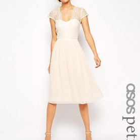 Schrullig Asos Petite Kleider ASOS PETITE Scalloped Lace Midi Dress - ShopperBoard